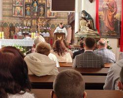 Ilustracja do artykułu Hubert pomaga w Kościele św. Anny